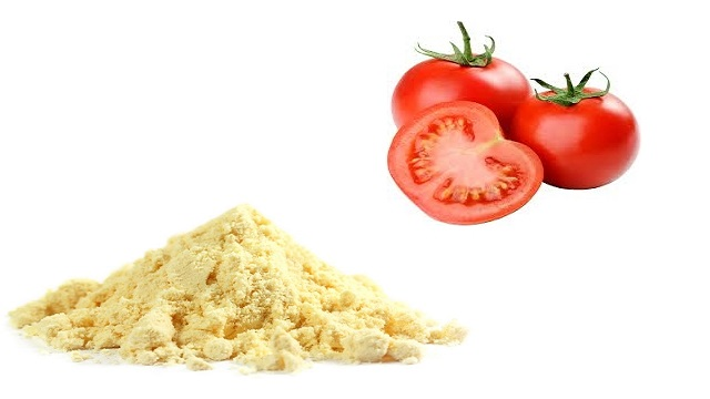 Tomato Juice & Gram Flour Face Mask