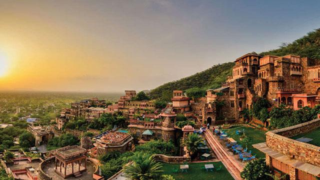Neemrana Fort Resort - Resort near Delhi