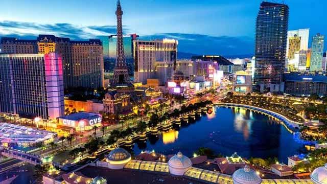 Las Vegas - Party Perfect Honeymoon Destination