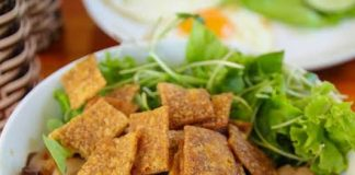 Vietnam food with nachos