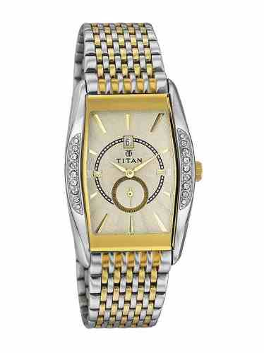 Titan NC1527BM02 Ssteele Collection Analog Watch