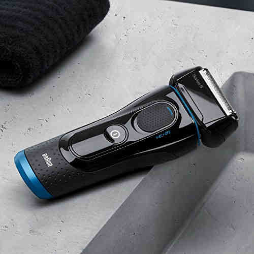 Braun 5040S Wet and Dry Shaver