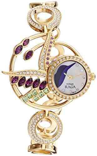 Titan Raga 95005YM01 Analog Watch