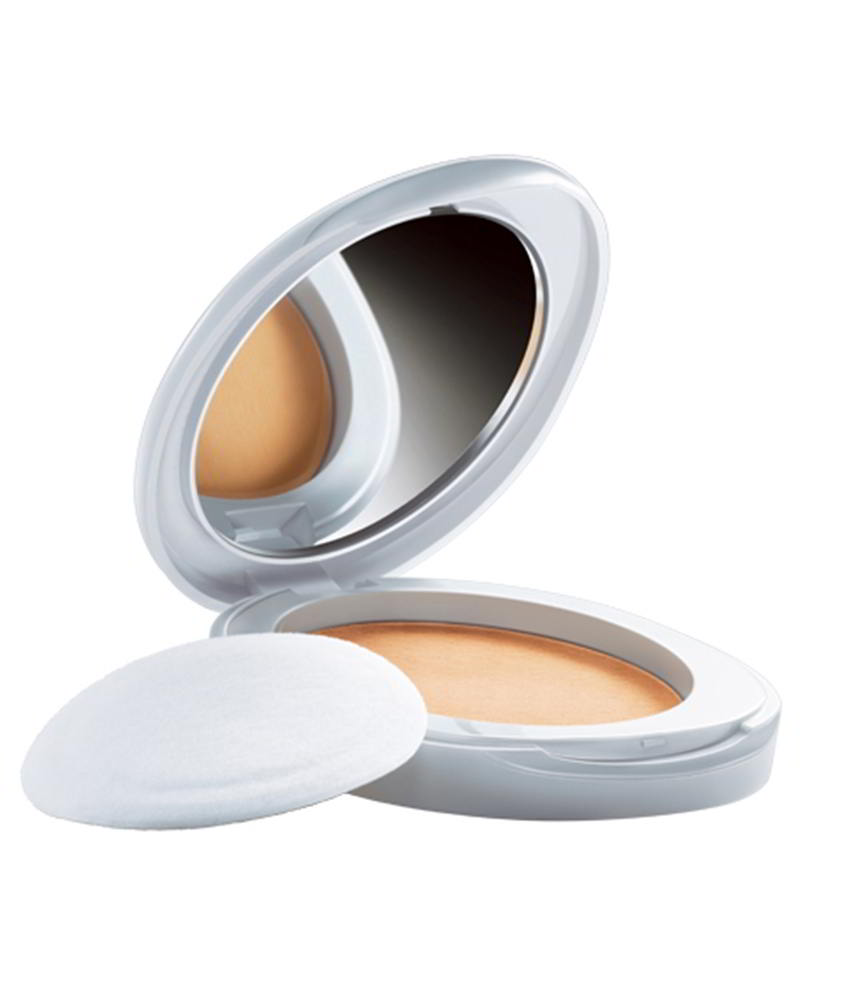 Lakme Perfect Radiance Intense Whitening Compact, Golden Medium