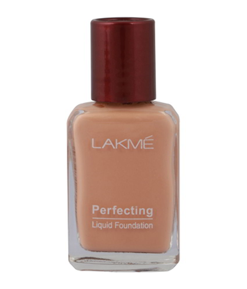 Lakme Perfecting Liquid Pearl Foundation