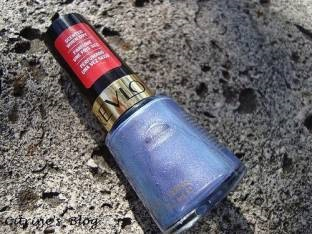 Revlon Scented Tropical Fruit Temptation Collection Nail Polish, Not So Blue Berry 370