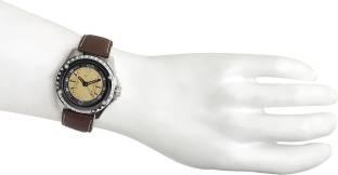 Fastrack NC3063SL03 Machine Analog Yellow Dial Men's Watch