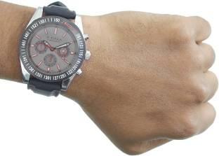 Titan 9491KP04J Analog Watch