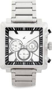 Fastrack 3111SM01 Chronograph Analog Watch