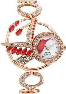 Titan Raga 95005WM01 Analog Watch
