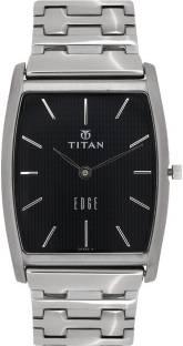 Titan NH1044SM15 Analog Watch