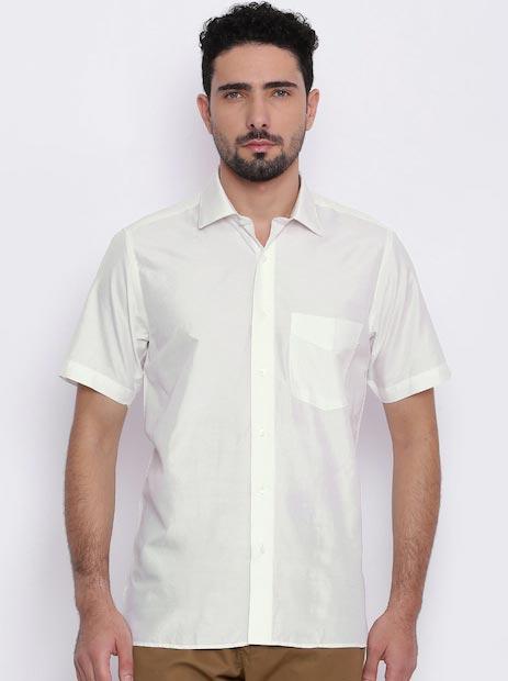 Van Heusen Men Off-White Custom Fit Solid Formal Shirt