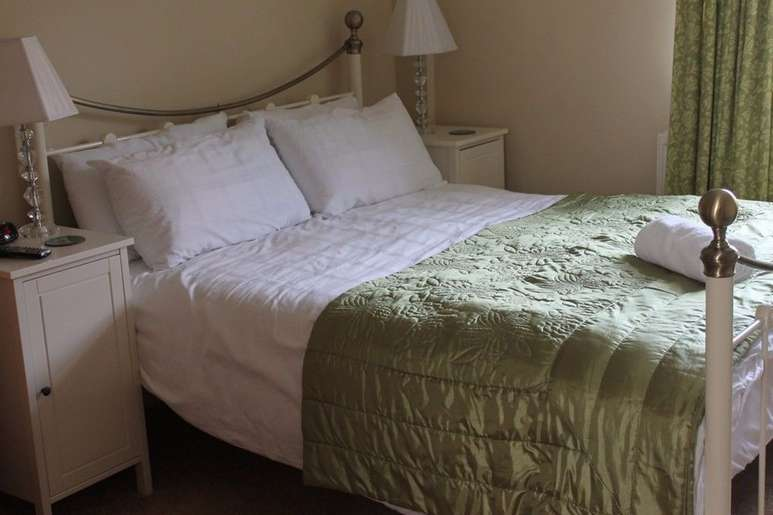 Ashbury Bed & Breakfast