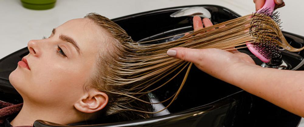Top Scalp Massaging Brushes