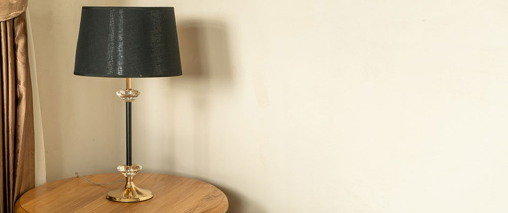 Light & Portable Table Lamps