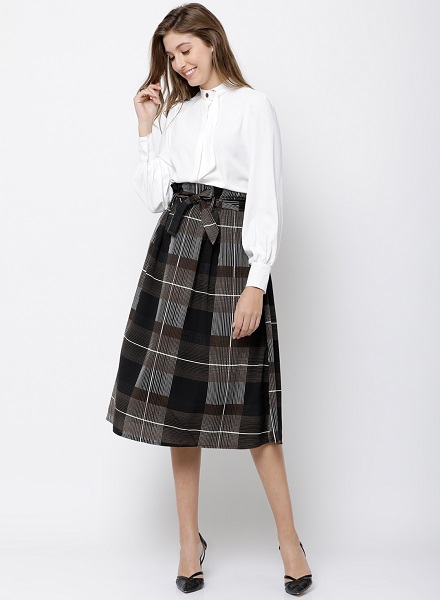 Box Pleated Knit Skirt